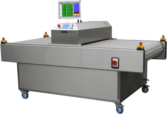 Laundry contamination monitor for radiations with a conveyor belt system